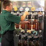 Продавец разливного пива юмр