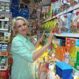 Продавец в зоомагазин