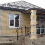 Уютный одноэтажный домик с террасой