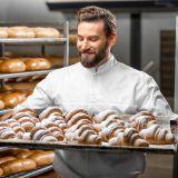 Пекарь-помощник пекаря