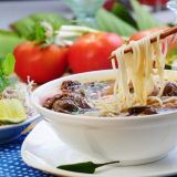 Повар вьетнамской кухни