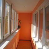 Отделка балконов мраморной крошкой