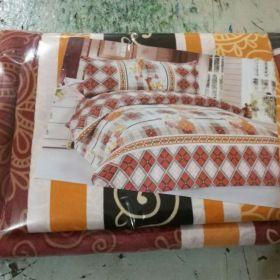 Постельное белье 1,5 спальные новое