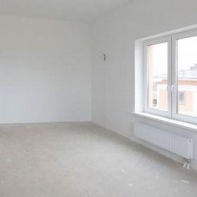 Продается квартира в монолитно - кирпичном доме.